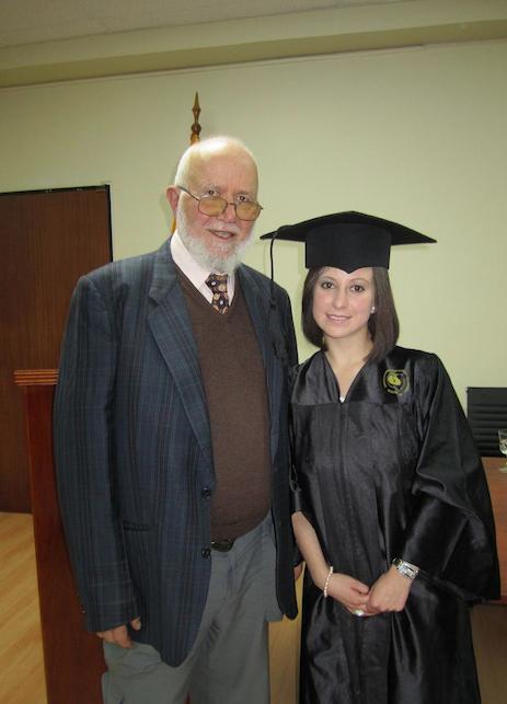 Il Prof. Giovanni Onore con Estefania Yerovi