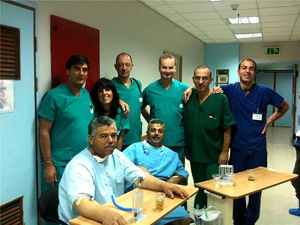 Il Dr. Alessandro Morgantini con la troupe in Armenia